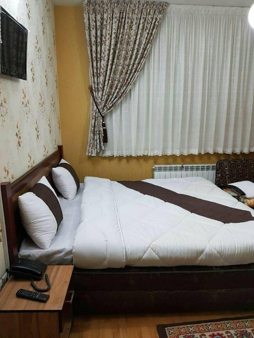 تور مشهد از اصفهان هتل مودت لحظه آخری | مشهد تریپ