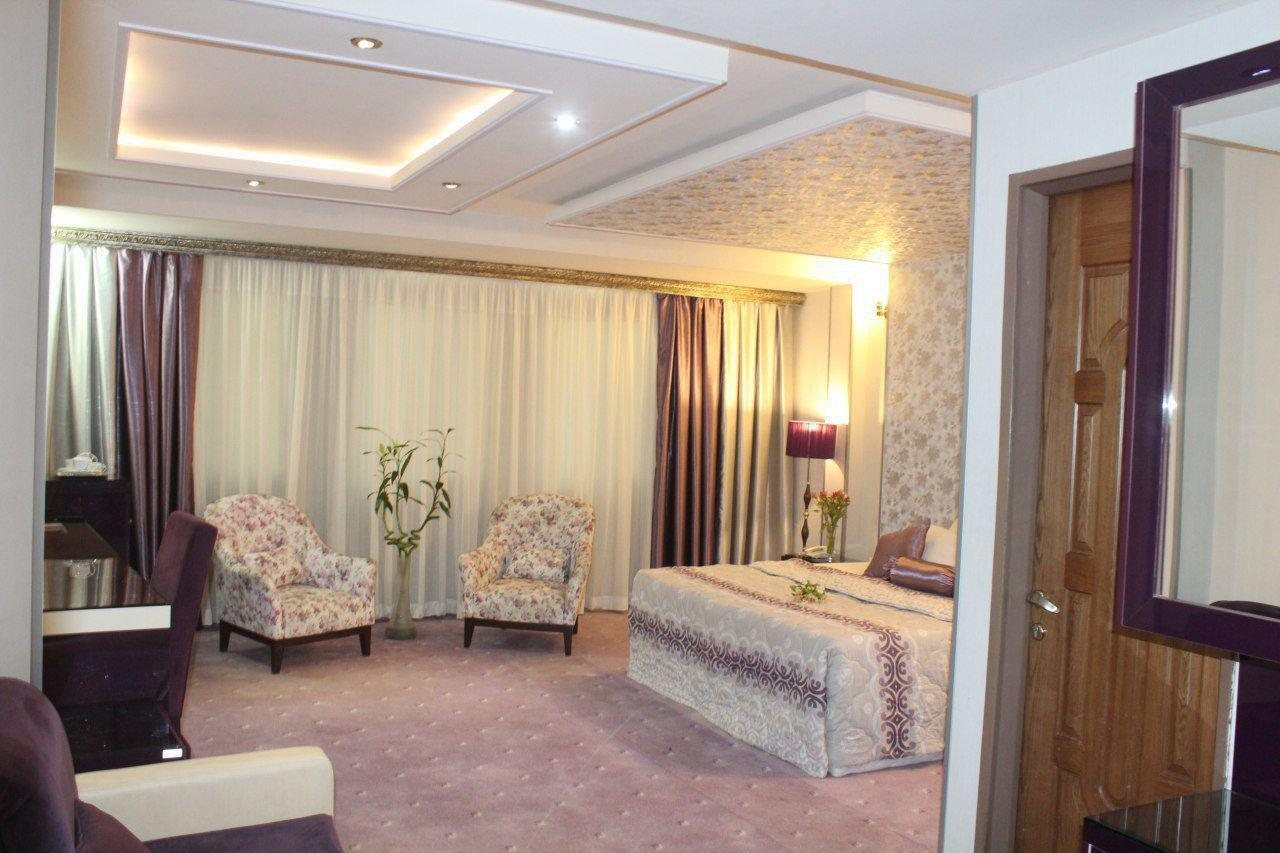 تور ارزان هوایی از اصفهان به مشهد ، با اسکان در هتل هفت اسمان به مدت 3 روز در هتل هفت اسمان