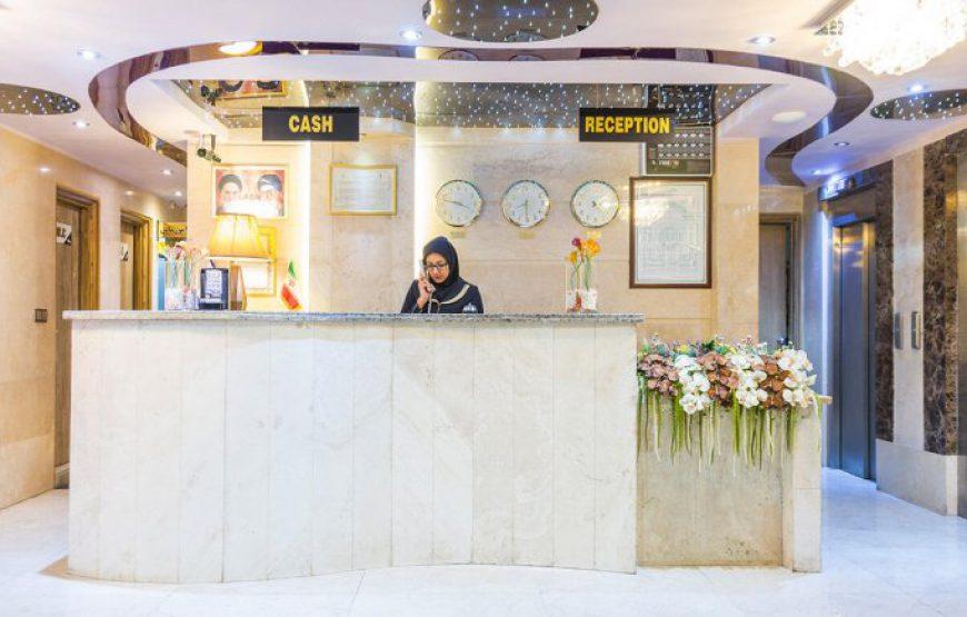 تور هوایی مشهد از اصفهان ، در هتل مرمر ویژه آذر ماه به مدت 3 روز